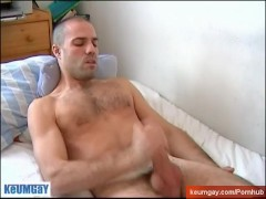 Horse cock guy! Wooow let me wank your large cock !