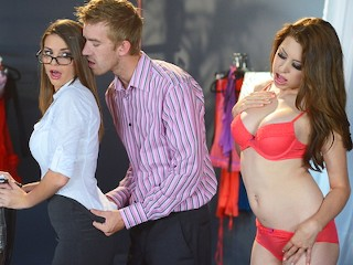 Brazzers - Brooklyn Chase - The Intern's Hands-on Training