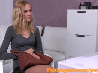 FakeAgent Hot blonde likes it rough in casting