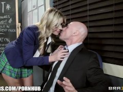 Brazzers – Brianna makes the best of class