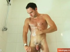 Full video: Ben str8 guy surprised wanking his huge cock under a shower !