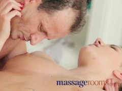 Massage Rooms 18 year old beauty gets a squelching pussy before epic fuck