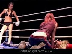 Female wrestler spank the reporter and the camera girl