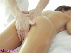 HD Love – Dillion gets an erotic massage