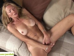 Movie:Older Cougar Pam Roberts Finge...