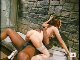 British babe Ella Mai masturbates - Title on the code