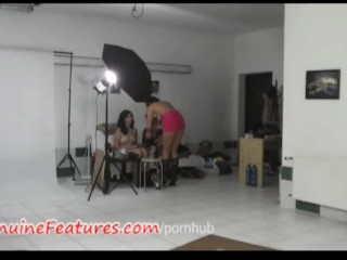 Backstage with three chicks and BJ by the most horny
