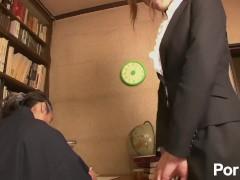Hataraki Woman Kanno Shosetsu no Zairyo ni Sareta Onna Henshusha – Scene 1