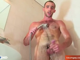 Straight guy Horny in the shower