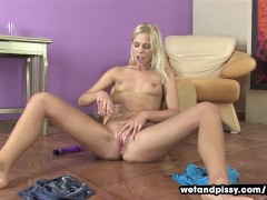 Wetandpissy Triple piss explosion from pee emitting beauty