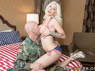 Brazzers - Happy fourth of July with Stevie Shae