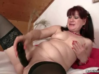 Wife finds her mom and his BF together