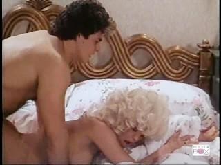 Strokin' To The Oldies: Amber Lynn, Scene 4