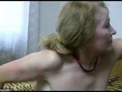 Sexy young Girl licking old chubby pussy from Granny with big boobs
