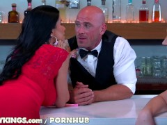 Reality Kings – Two hot chicks fuck bartender
