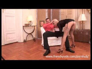 Blowjob by a french a girl and big cumshot
