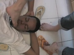 Jamie dirty feet licking