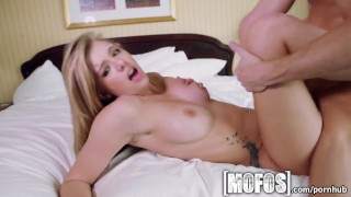 Mofos - Teen needs a dick to distract her