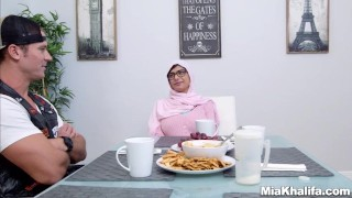 Mia Khalifa stepmom Juliana Vega fucks and sucks her boyfriends cock  big ass big-cock big-tits arabic hijab mom blowjob milf reverse-cowgirl 3some muslim babes mother threesome step-mom religious