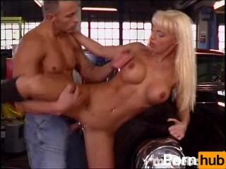Big Tit MILF Mafia #4, Scene 2
