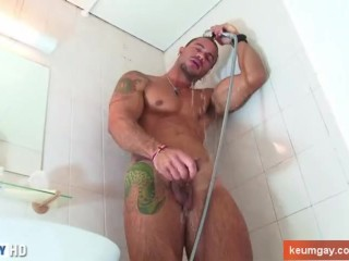 Show us your huge cock in action Vitor !