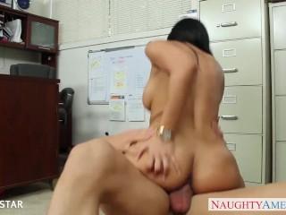 Office babe Luna Star riding cock