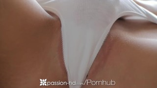 HD - Passion-HD Super babe Lizz Tayler bends over to take cock