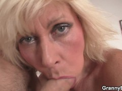 : Blonde old women pleases an young guy