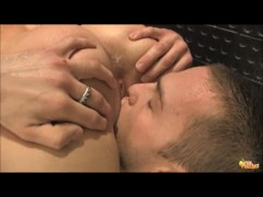 Sarah Peachez BG pussy licking