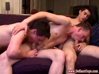 Straight amateur twinks bj threeway