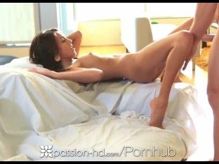 Passion HD - Janice Griffith, ado exotique, veut se prendre une queue