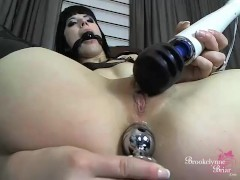 Brookelynne Briar Fucks Her Pussy And Ass In Kinky Latex Cam Show