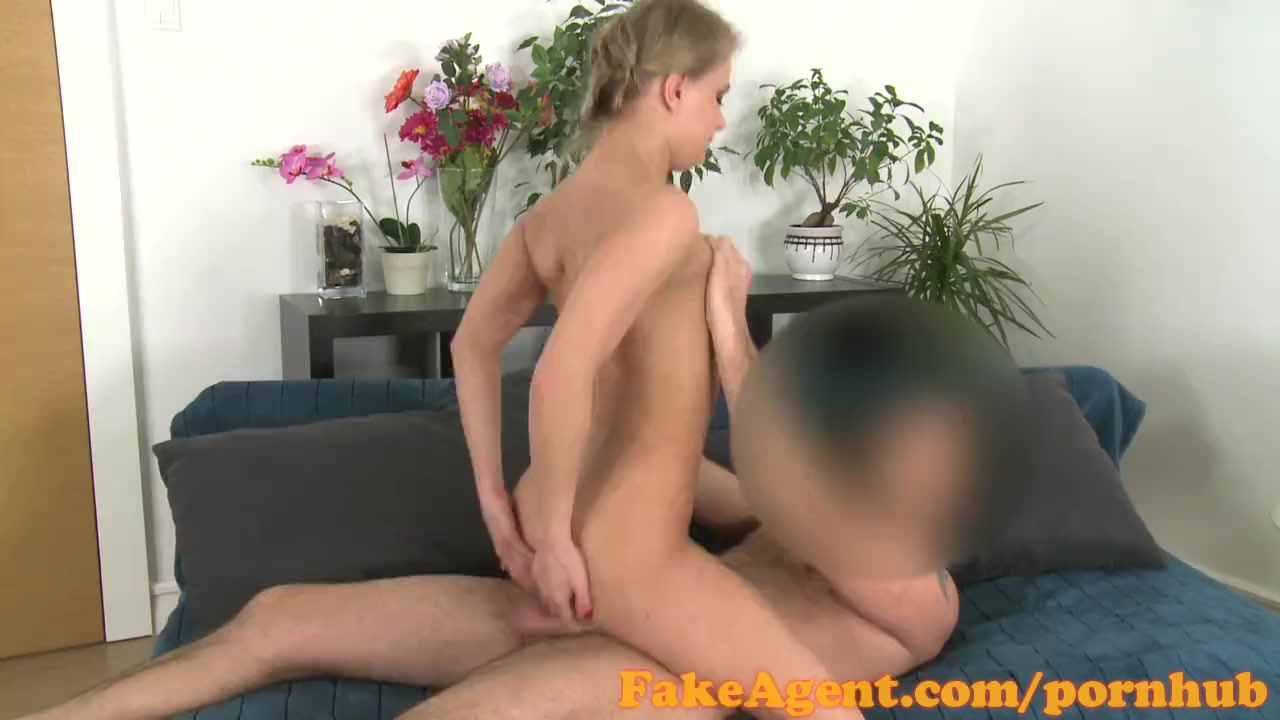 FakeAgent Sexy blonde babe gets her perfect ass covered in Spunk
