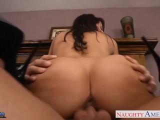 Brunette babe Kortney Kane suck and fuck a big cock