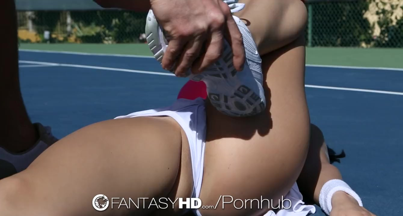 HD FantasyHD - Little Dillion Harper gets fucked on the tennis court