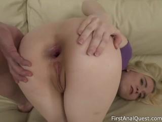 Cock riding blonde Isabel