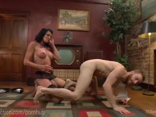TS House Wife Fucks The Milkman