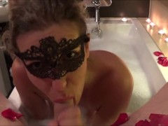 The Art of Perfect Blowjob Deepthrow and Swallow in the Bath