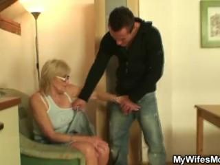 Porn-loving granny pleases son in law