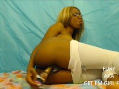that camel toe! massive squirting fro...