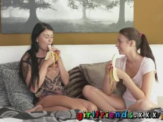 Cute blondes banana blowjob lesson