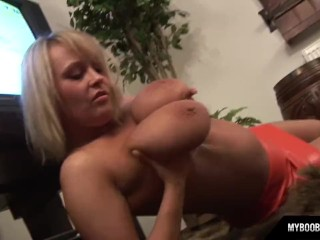 Huge natural tits Wanessa Lilio only on Myboobs.eu