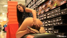 Beautiful teen Jenna mastrubiert in a sportswear shop