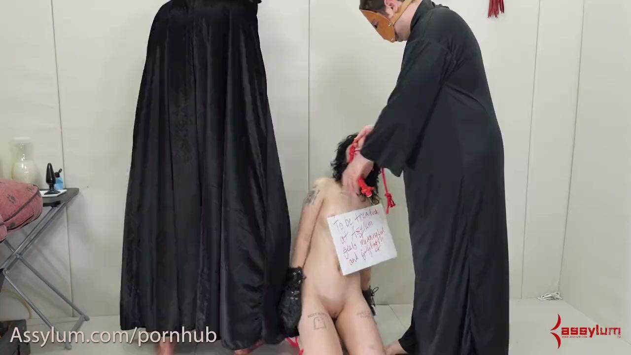 sexy ass nude bouncing