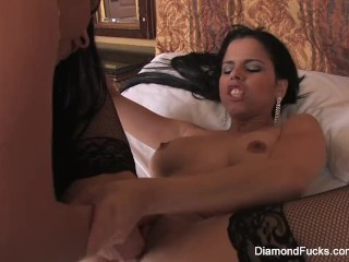 Diamond brings in Lola for some sexy girl on girl fun