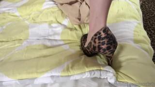 Piper Perri Hot Blonde Receives Dick and Cumshot on Feet