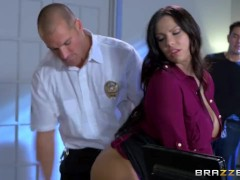 Brazzers – Cop fucks the info out of Lylith Lavey