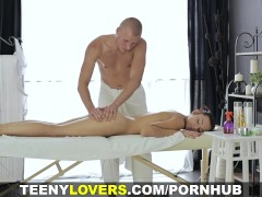 Teeny Lovers – Two-way massage and fucking