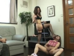 Japanese dominatrix brings hell to crossdresser Subtitled