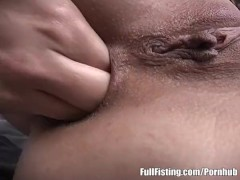 Lesbian Euro Teens In Strapon And Anal Fisting